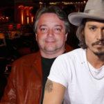 Johnny Depp e seu dublador Marco Antônio.