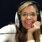 Angélica Santos promove jogo com fãs em rede social